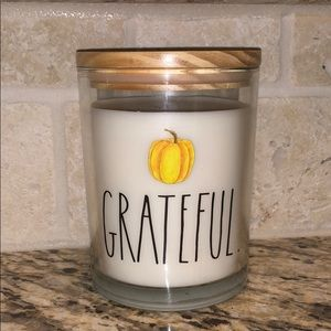 Rae Dunn Large Grateful Fall Candle